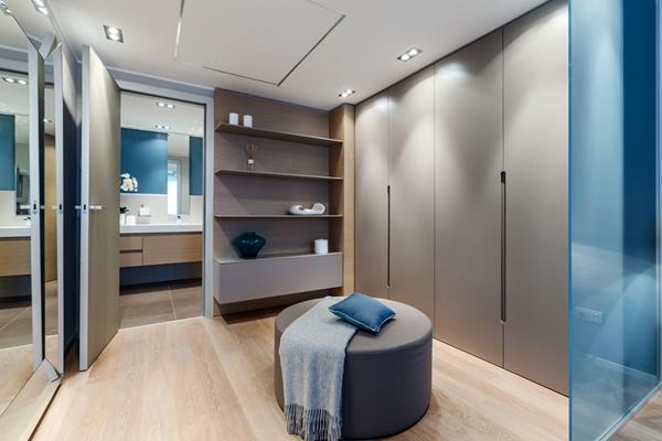 Mali apartman na Azurnoj obali uređen sa stilom  KucaSnova.com