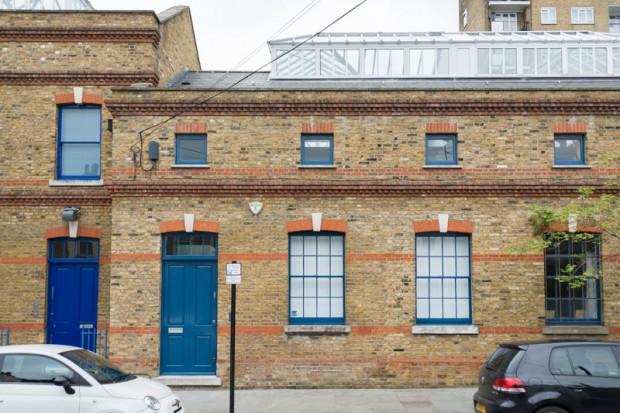 Stara zgrada skriva moderno uređen stan  KucaSnova.com