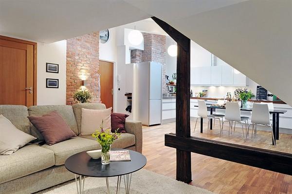Prostrani stan u potkrovlju  KucaSnova.com