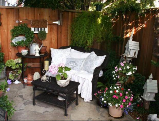 Kako urediti malo dvorište  KucaSnova.com