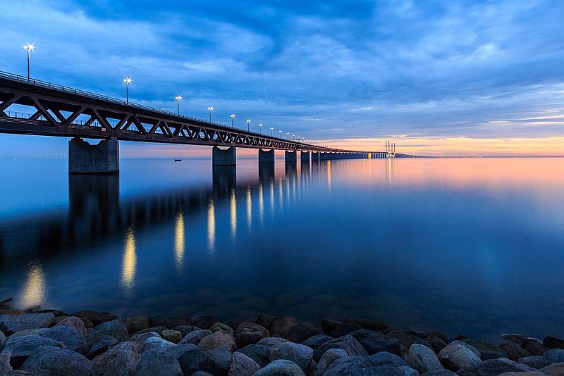 Arhitektonsko čudo Skandinavije most koji prelazi u podvodni tunel 4