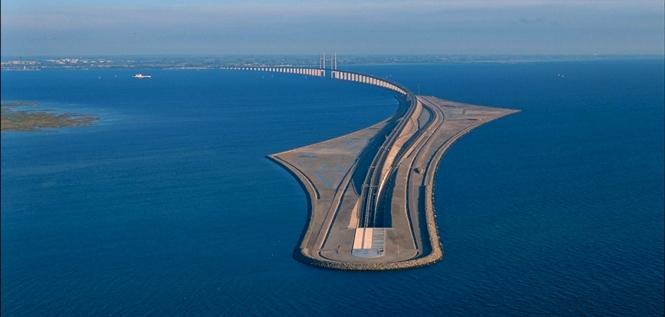Arhitektonsko čudo Skandinavije most koji prelazi u podvodni tunel 665