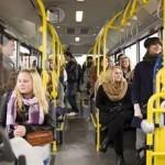 Bonton za početnike: Kome NIKAD da ne ustajete u autobusu