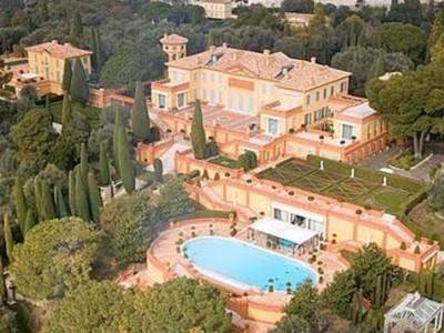 SAGRAĐENA ZA LJUBAVNICU: Zavirite u najskuplju kuću u Europi