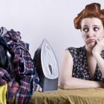 KAD VAM SE SMUČI: 7 načina da ispeglate veš, a da ne koristite peglu!