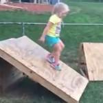 Projekat ovog tate oduševio roditelje širom svijeta: napravite poligon spretnosti za djecu u svom dvorištu