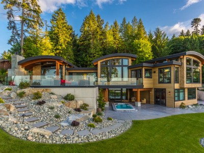 Zavirite u višestruko nagrađivanu kuću s pogledom na okean (FOTO)