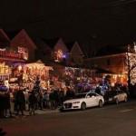 Preko godine, to je samo obična ulica: Za praznike postaje najveseliji komšiluk na svijetu!