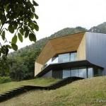 EKO kuća u srcu planine u kojoj nikada nije hladno: pasivna kuća u Alpima štedi prirodu i kućni budžet (FOTO)