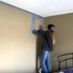 Počela je da lijepi raznobojne trake po zidu… Svi su mislili da je poludila, no na kraju joj se divili! (VIDEO)