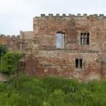 Izvana izgleda kao napušteni stari dvorac, no u unutrašnjosti se krije nešto što niko ne očekuje