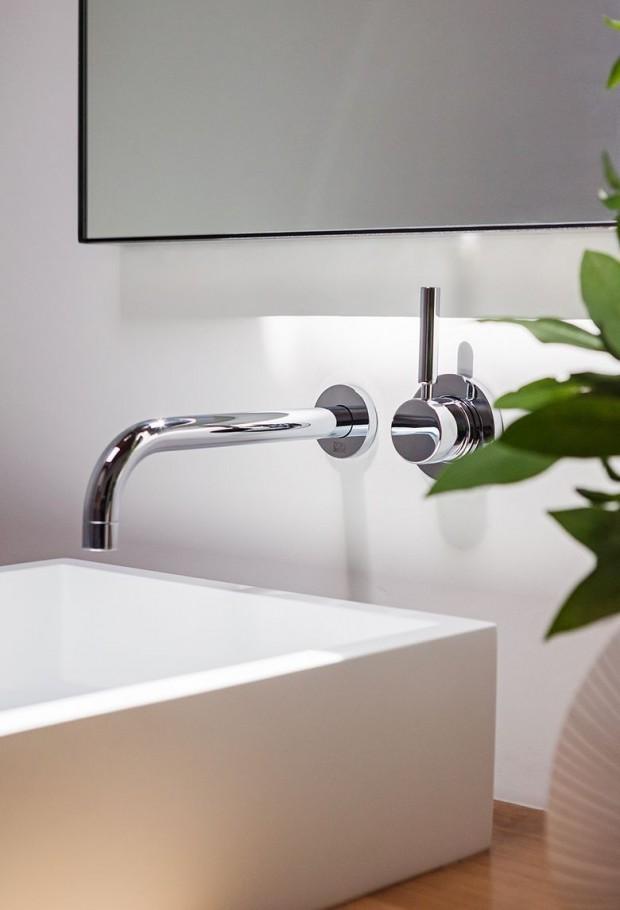 Umivaonik u novouređenoj kupaonici