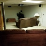 Kupili su nove kauče, a stare odnijeli u podrum i napravili nešto što bi mnogi htjeli imati